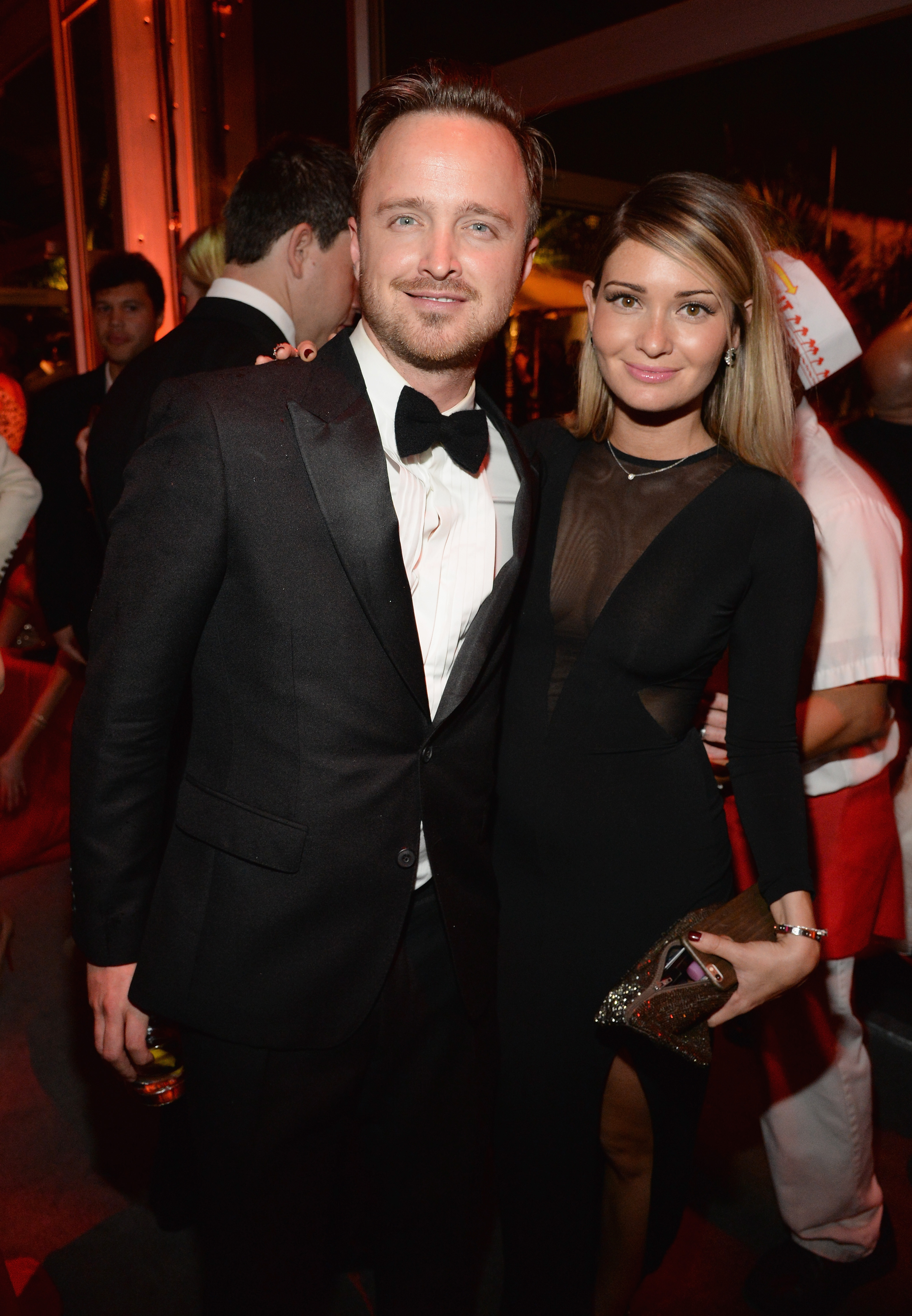 BEVERLY HILLS, CA - FEBRUARY 22:  (EXCLUSIVE ACCESS, SPECIAL RATES APPLY)  Aaron Paul and Lauren Parsekian  attend the 2015 V