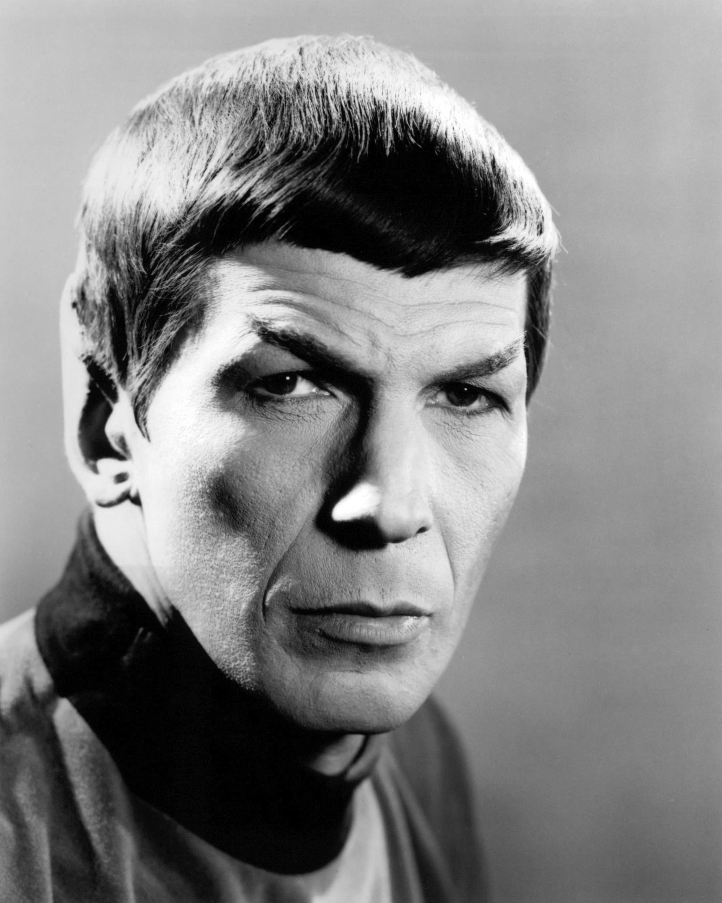 American actor Leonard Nimoy as Spock in the TV series 'Star Trek', circa 1968. (Photo by Silver Screen Collection/Getty Imag