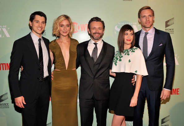 NEW YORK, NY - SEPTEMBER 26:  (L-R)  Actors Nicholas D'Agosto, Caitlin Fitzgerald, Michael Sheen, Lizzy Caplan, and Teddy Sea