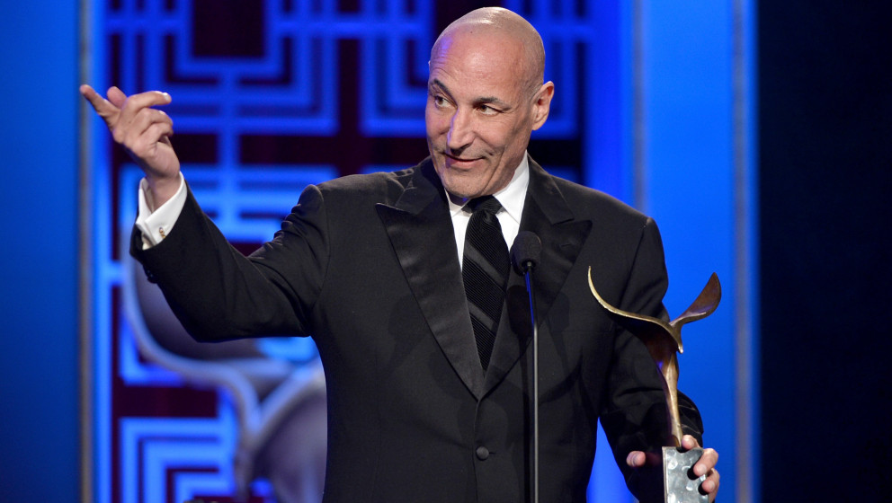 LOS ANGELES, CA - FEBRUARY 01:  Writer Sam Simon accepts the 'Valentine Davies Award for Humanitarian Efforts and Community S