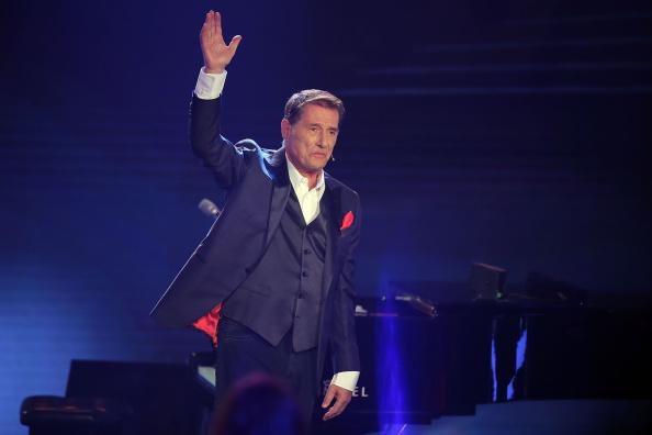 FREIBURG IM BREISGAU, GERMANY - SEPTEMBER 01:  Udo Juergens is seen during the 'Udo Juergens - Mitten im Leben' TV show on Se
