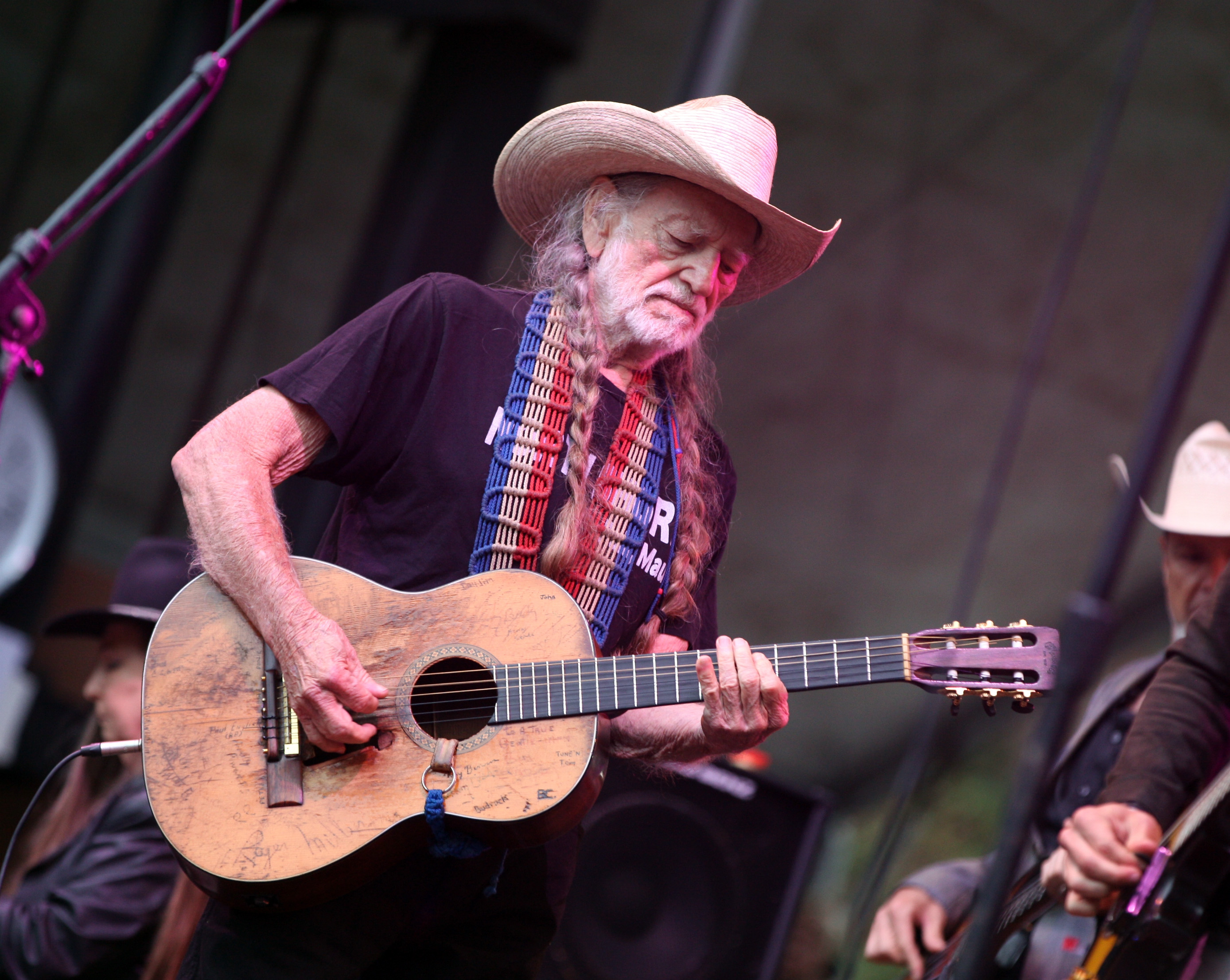 SAN FRANCISCO, CA - AUGUST 11:  Musician Willie Nelson performs at the Sutro Stage during Day 3 of the 2013 Outside Lands Mus