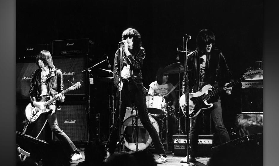 UNITED STATES - JANUARY 01:  Photo of Dee Dee RAMONE and RAMONES and Johnny RAMONE and Joey RAMONE; L-R. Johnny Ramone, Joey