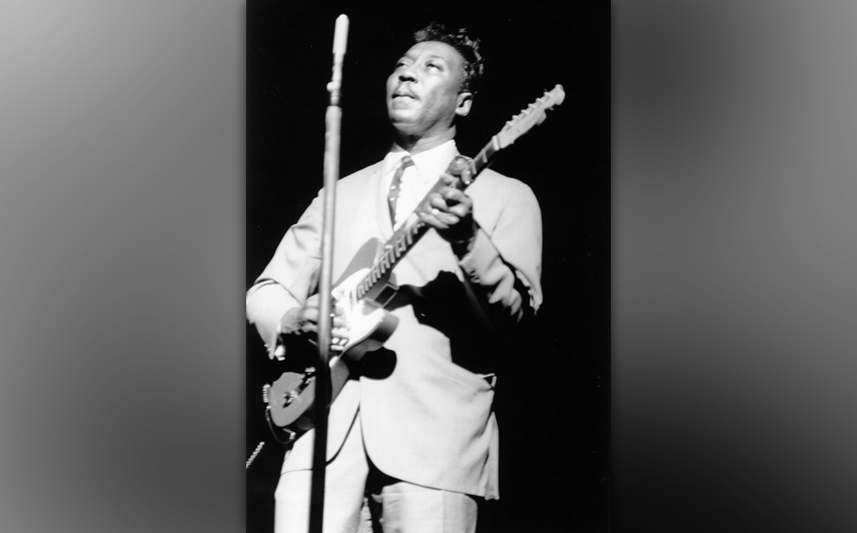 UNSPECIFIED - CIRCA 1960:  Photo of Muddy Waters  (Photo by Alice Ochs/Michael Ochs Archives/Getty Images)
