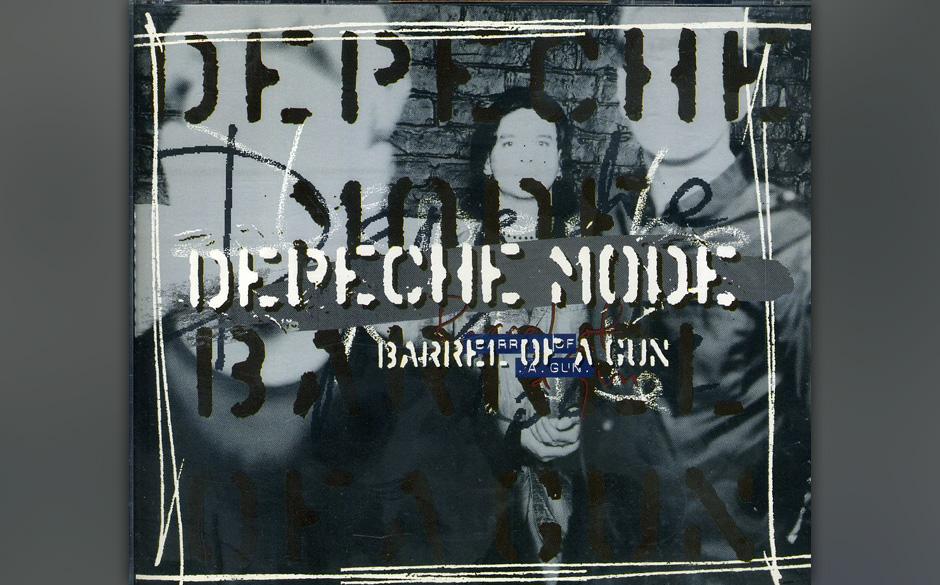 32. Barrel Of A Gun. Einer der allerdüstersten unter den vielen düsteren Depeche-Songs. Nach seiner Fast-Überdosis gibt Da