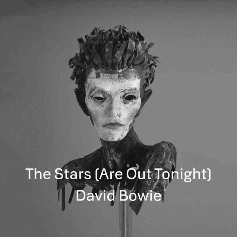 56. The Stars (Are Out Tonight).  Bowies zweite Comeback-Single nach 'Where Are We Now?' widmet sich dem Star-Dasein als eine