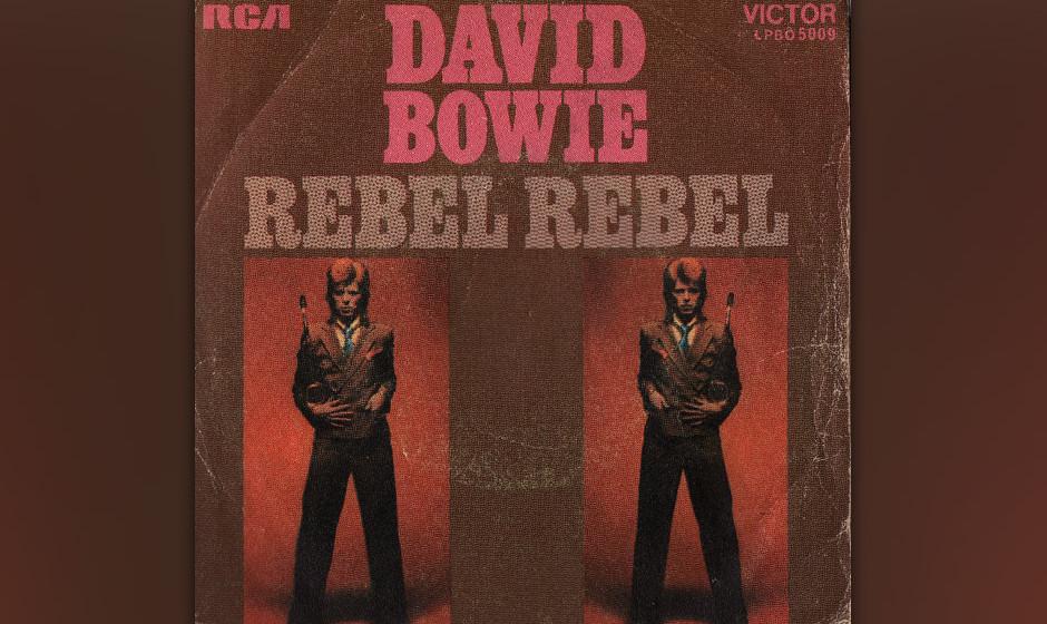 42. Rebel Rebel.   Ein rotzig-bolziger Rocker, der im WM-Jahr 1974 in klotzigen Plateausohlen-Stiefeln aufgeführt wurde. Der