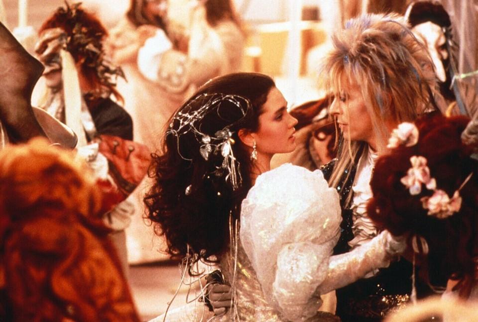 53. As The World Falls Down.  Nach dem Flop des Jim-Henson-Puppenspektakels 'Labyrinth' (mit Bowie in der Hauptrolle als 'Gob