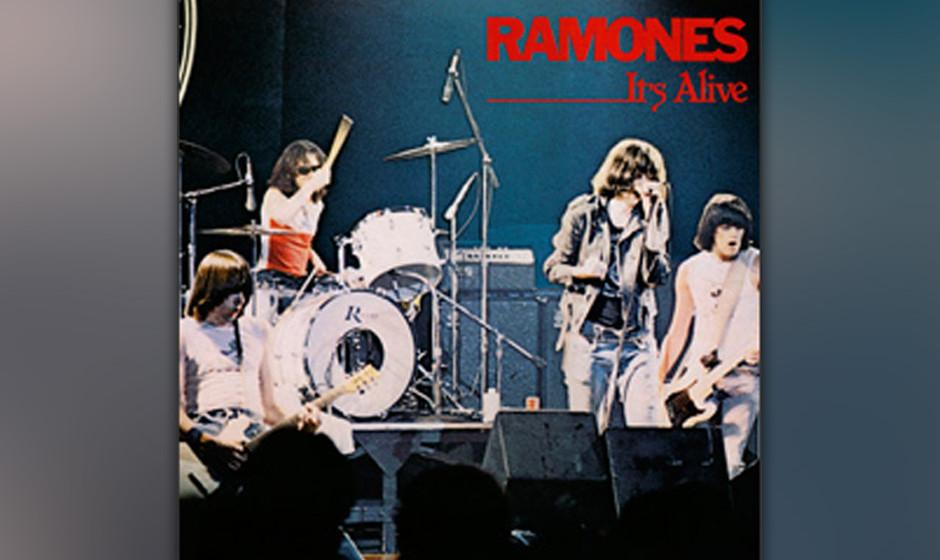 """10. Ramones - It's Alive (1979)  Wohl eines der schnellsten Live-Alben aller Zeiten. Der Anzähler """"Onetwothreefour"""" brau"""