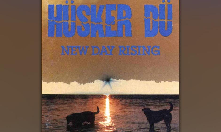 488. New Day Rising: Hüsker Dü (1985). Diese drei Typen aus Minneapolis spielten einen gefühligen Hardcore-Punk, der unter