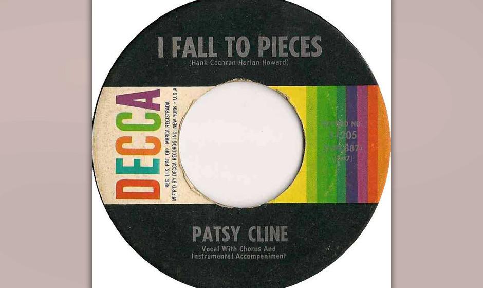 241. Patsy Cline – I Fall To Pieces Cline zögerte, eine Ballade aufzunehmen, die Brenda Lee schon abgelehnt hatte, aber am