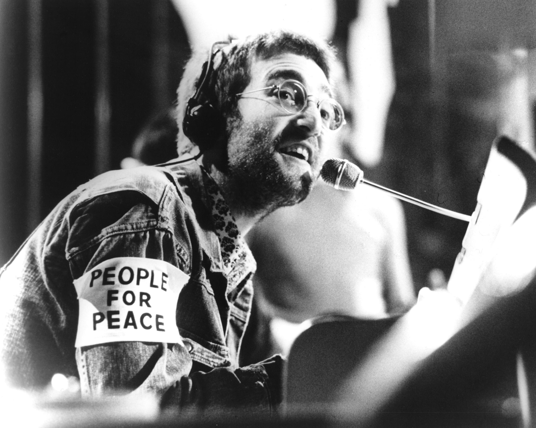 John Lennon 1970 Beatles - Plastic Ono Band on  Top Of The Pops © Chris Walter