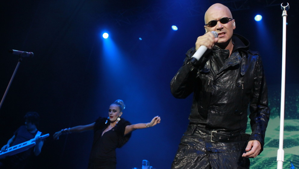HONG KONG - OCTOBER 13:  (CHINA OUT) (L - R) Susan Ann Sulley and Philip Oakey of the British band The Human League performs