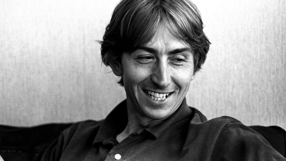 Talk Talk singer Mark Hollis, portrait, London, United Kingdom, 1990. (Photo by Martyn Goodacre/Getty Images)