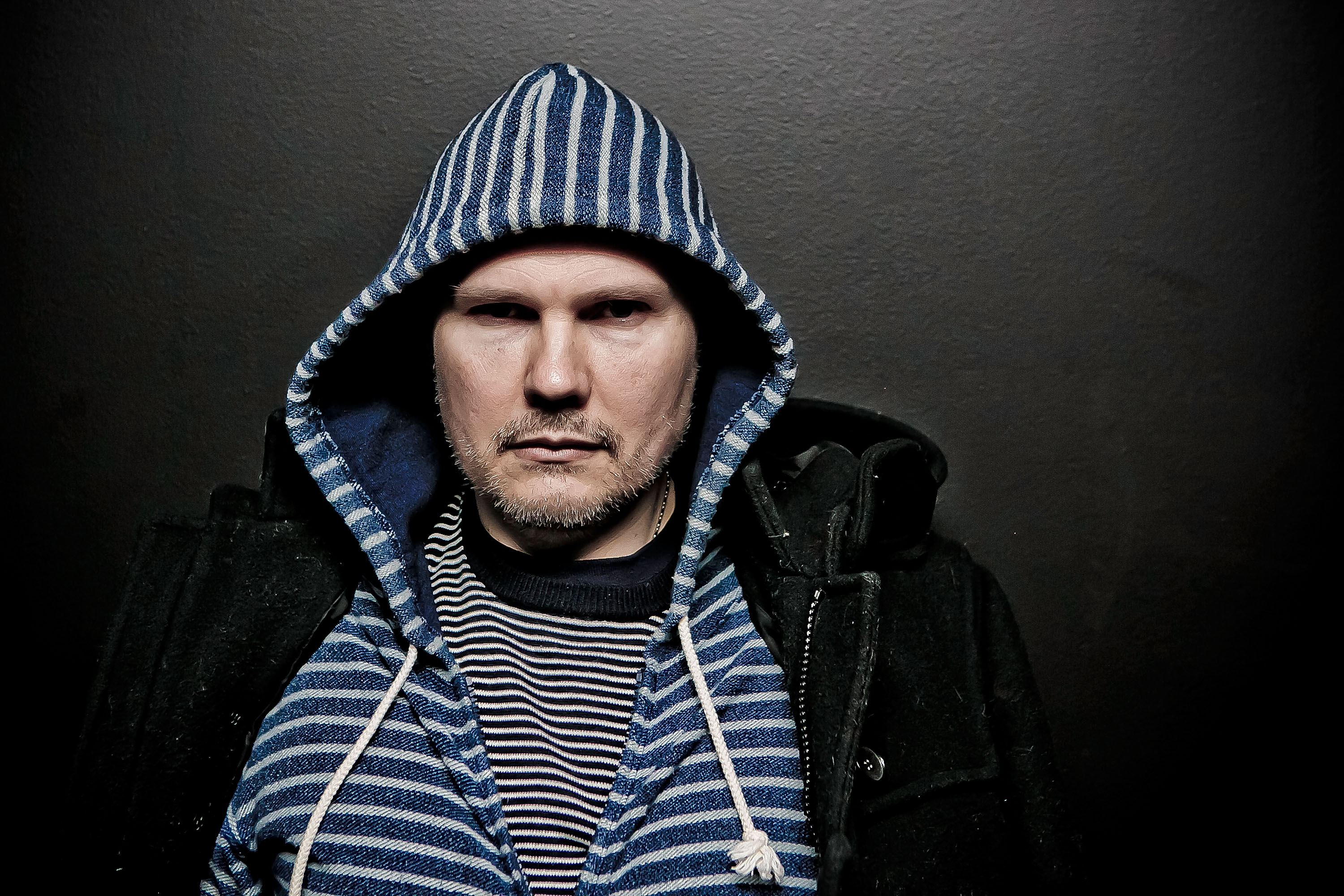 INGLEWOOD, CA - DECEMBER 14:  (EDITOR'S NOTE: This image was processed using digital filters) Billy Corgan of Smashing Pumpki