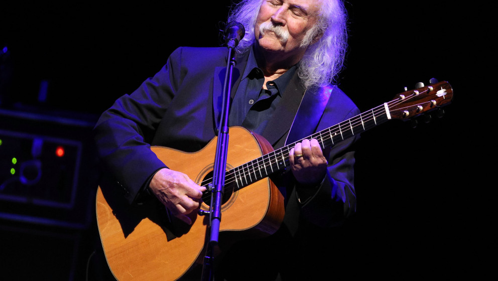 LOS ANGELES, CA - APRIL 05:  Musician David Crosby performs onstage at the 2nd Light Up The Blues Concert - An Evening Of Mus