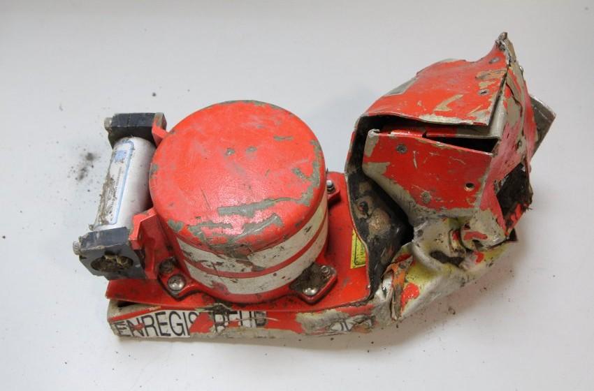 dpatopbilder - HANDOUT - Der Voice-Recorder der in Frankreich abgestürzen Germanwings-Maschine 4U 9525, aufgenommen am 25.03