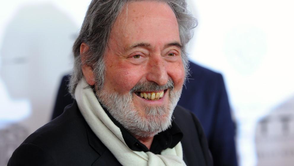 Der Regisseur Helmut Dietl kommt am Dienstag (31.01.2012) in München (Oberbayern) zur Premiere des Kinofilms 'Zettl' in den