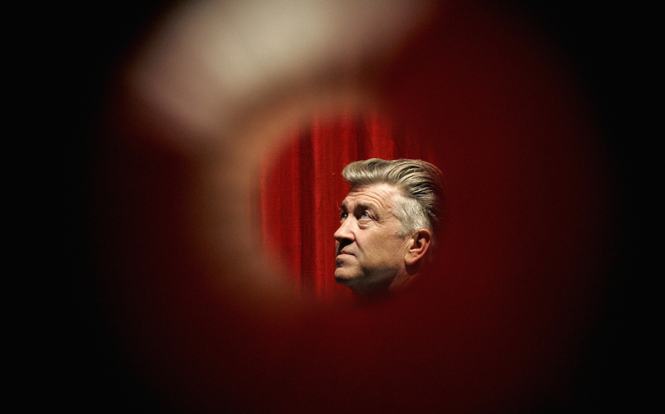 Hollywood, UNITED STATES:  SOFTER DAVID LYNCH SHIFTS FROM DARK MOVIES TO THE LIGHT OF MEDITATION Film director David Lynch po