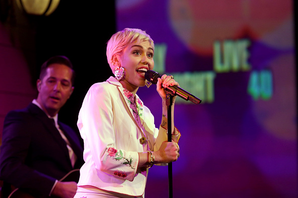 SATURDAY NIGHT LIVE 40TH ANNIVERSARY SPECIAL -- Pictured: Musical guest Miley Cyrus performs on February 15, 2015 -- (Photo b