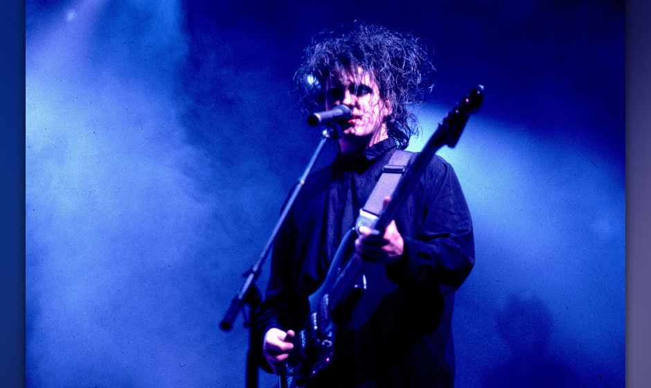 The Cure during The Cure in Concert - September 6, 1989 at Rosemont Horizon in Chicago, Illinois, United States. (Photo by Pa