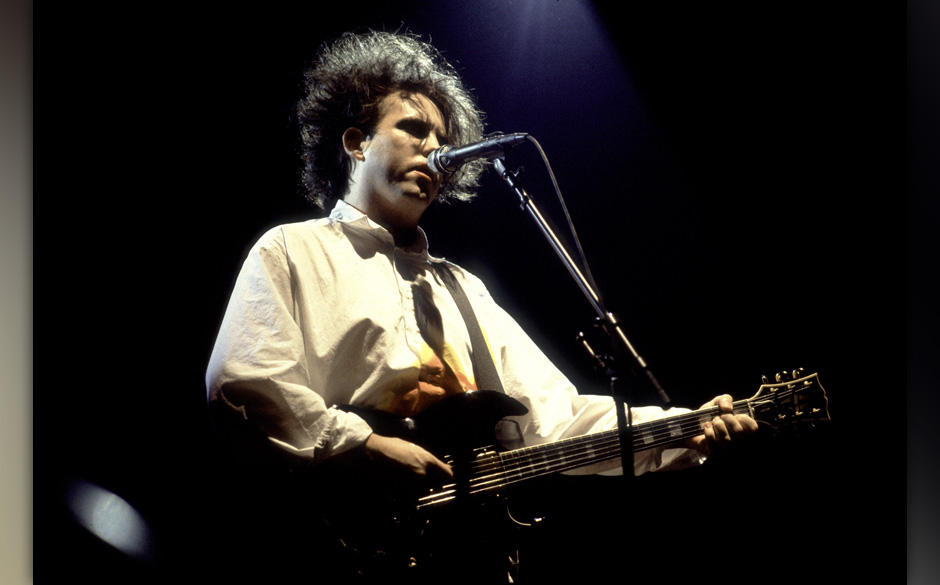 Singer Robert Smith of the Cure at the Rosemont Horizon on July 28, 1987 in Rosemont, Illinois. (Photo by Paul Natkin/WireIma