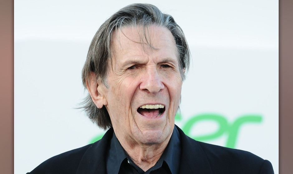HOLLYWOOD, CA - MAY 14:  Actor Leonard Nimoy attends the premiere of 'Star Trek Into Darkness' at Dolby Theatre on May 14, 20