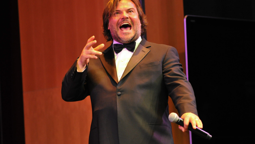 SANTA MONICA, CA - MAY 07:  Actor Jack Black performs onstage during the Poetic Justice 2015 Fundraiser for Coalition for Eng