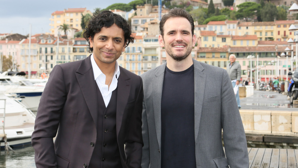 CANNES, FRANCE - OCTOBER 14:  M.Night Shyalmalan and Matt Dillon pose during 'Wayward Pines' Photocall at the Pantiero on Oct