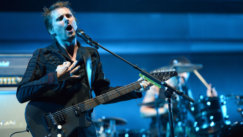 IRVINE, CA - MAY 16:  Singer Matthew Bellamy of Muse performs onstage at Irvine Meadows Amphitheatre on May 16, 2015 in Irvin