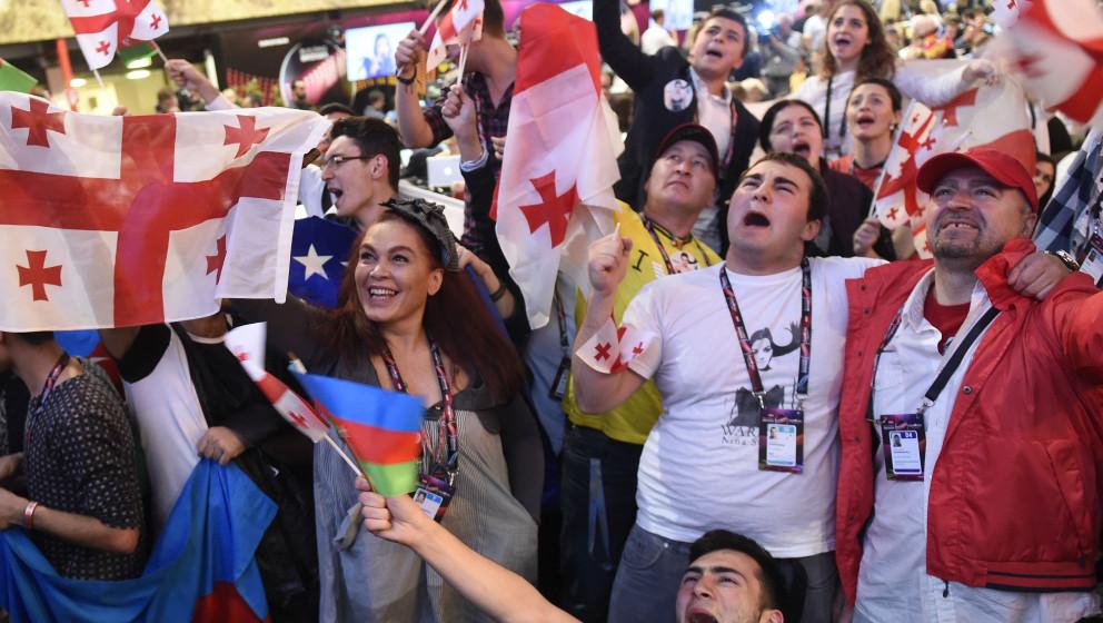 ABD0192_20150523 - WIEN - ÖSTERREICH: ESC-Fans am Samstag, 23. Mai 2015, anl. des Finales im Rahmen des 60. Eurovision Song