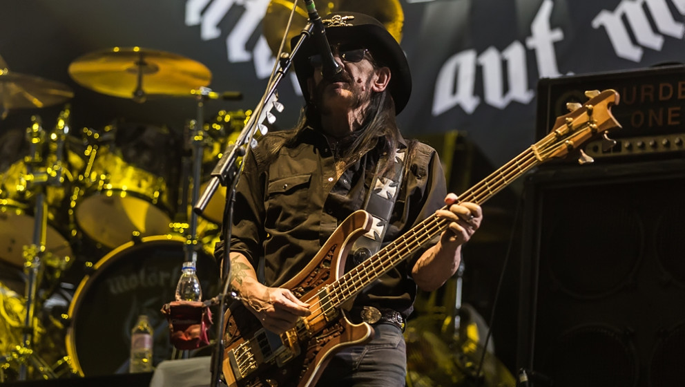 08. Motörhead