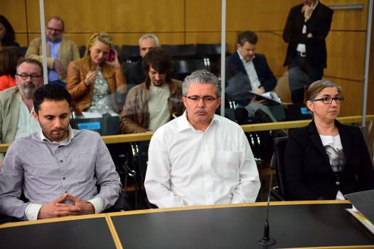 Tugces Eltern und ihr Bruder während des Prozesses (Photo by Thomas Lohnes - Pool /Getty Images)