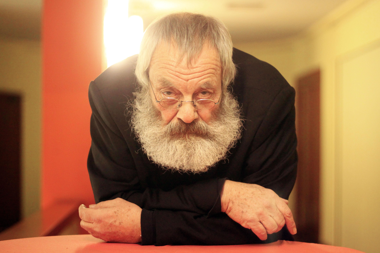 Schriftsteller, Schauspieler und Uebersetzer Harry Rowohlt bei einer Lesung aus dem von ihm uebersetzten Buch 'Neues und Alte