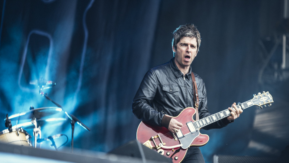 Noel Gallagher's High  Flying Birds beim Hurricane 2015