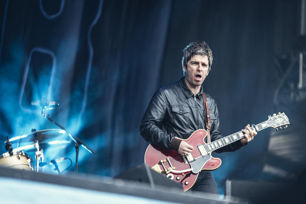 Noel Gallagher's High  Flying Birds beim Hurricane 2015