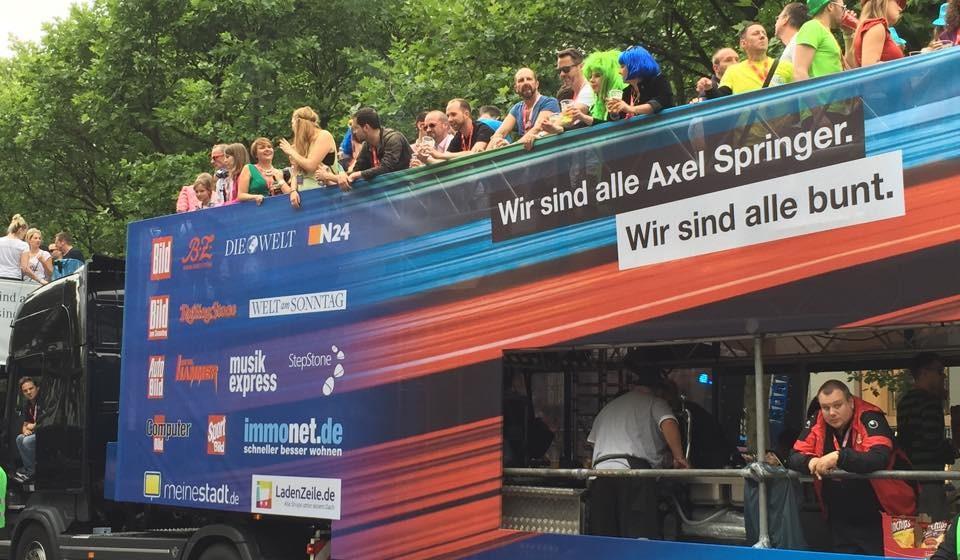 Der CSD-Wagen von Axel Springer