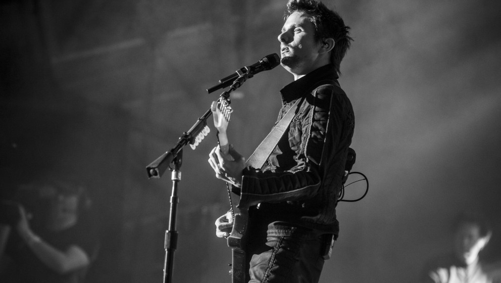 Muse live beim Roskilde Festival 2015