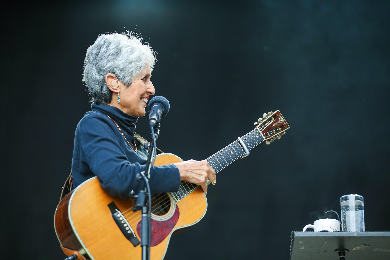 Joan Baez live auf dem Kunst!rasen Bonn am 8. Juli 2015