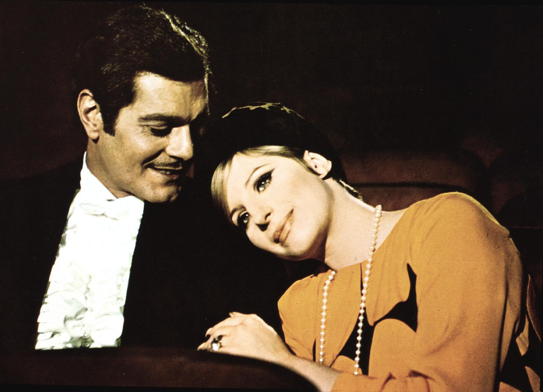 Funny Girl  (1968) Omar Sharif, Barbra Streisand Fanny (Barbra Streisand) heiratet den Spieler Nick Arnstein (Omar Sharif), d