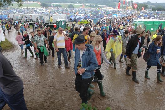 Glastonbury Mud And Crowds