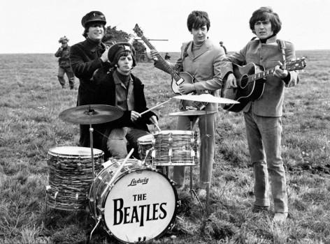 The-Beatles-Help-01.jpg