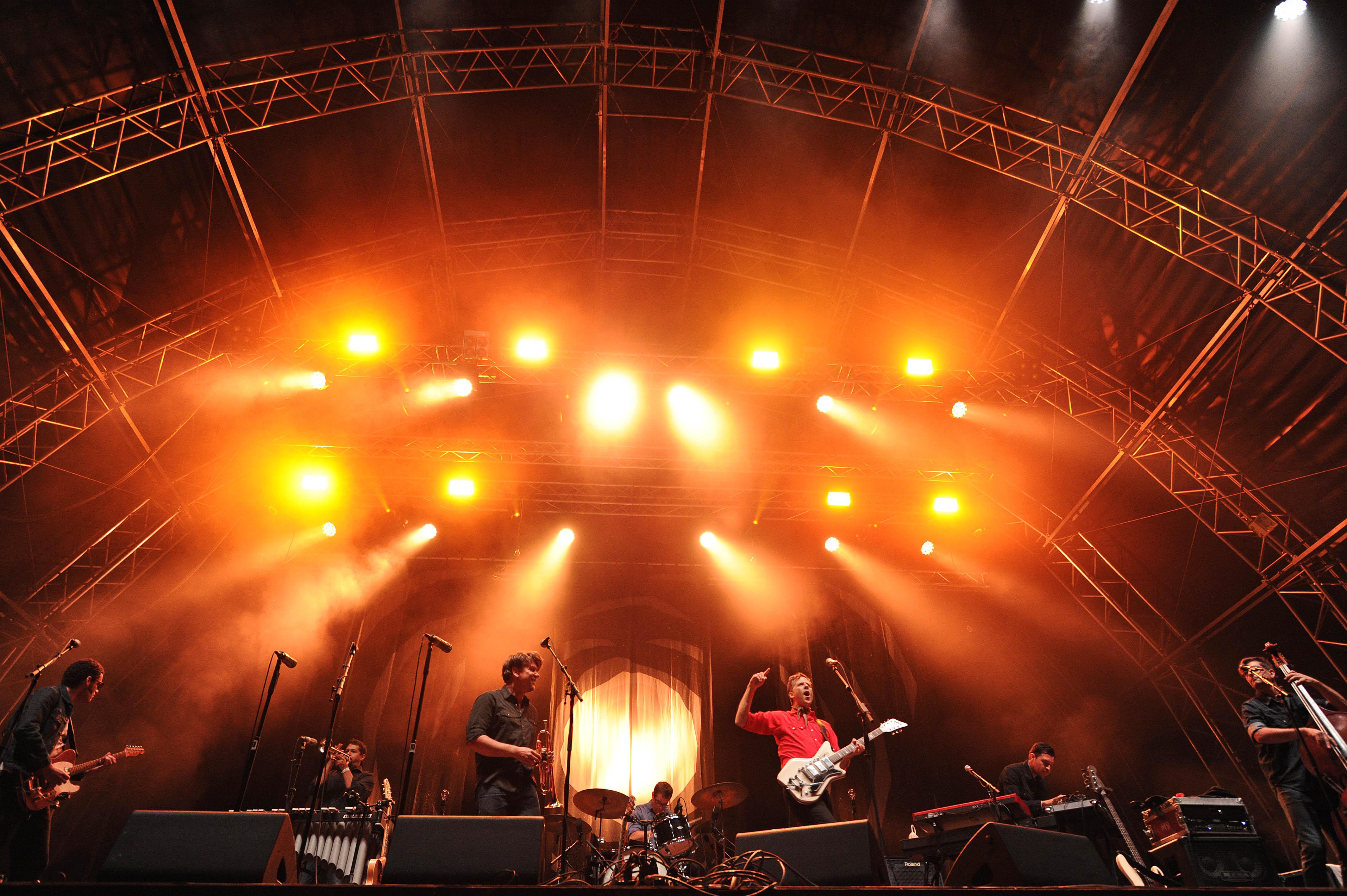 Calexico - die amerikanische Band von Joey Burns und John Convertino live beim A Summer´s Tale Open Air Festival 2015: Pre