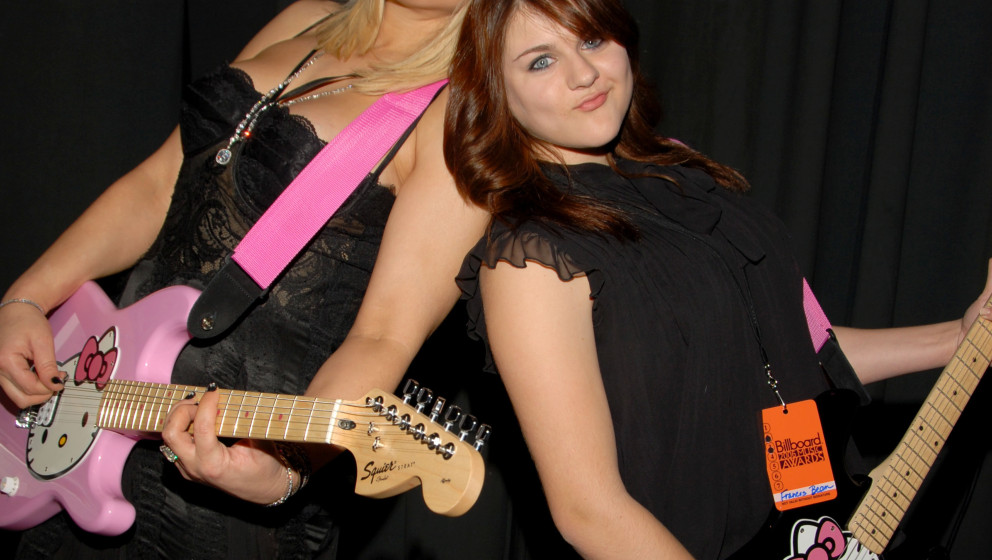 Courtney Love and Frances Bean Cobain in Kay Jewelers Celebrity Retreat Produced by Backstage Creations at the 2006 Billboard