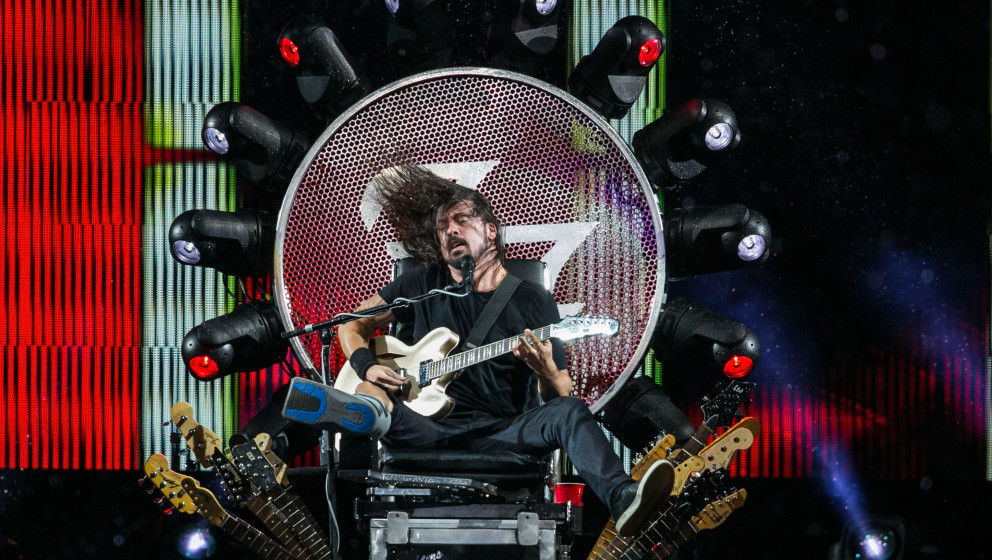 QUEBEC CITY, QC - JULY 11:  Dave Grohl of The Foo Fighters performs during a rainstorm which was later cancelled at the 2015