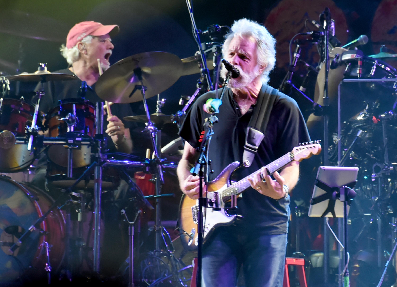 Noch einige letzte Konzerte für Mitglieder von Grateful Dead