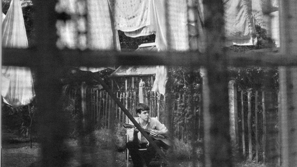 Das Cover von 'Chaos And Creation In The Backyard' nahm Paul McCartneys Bruder Mike 1962 im Hinterhof des Elternhauses in Liv