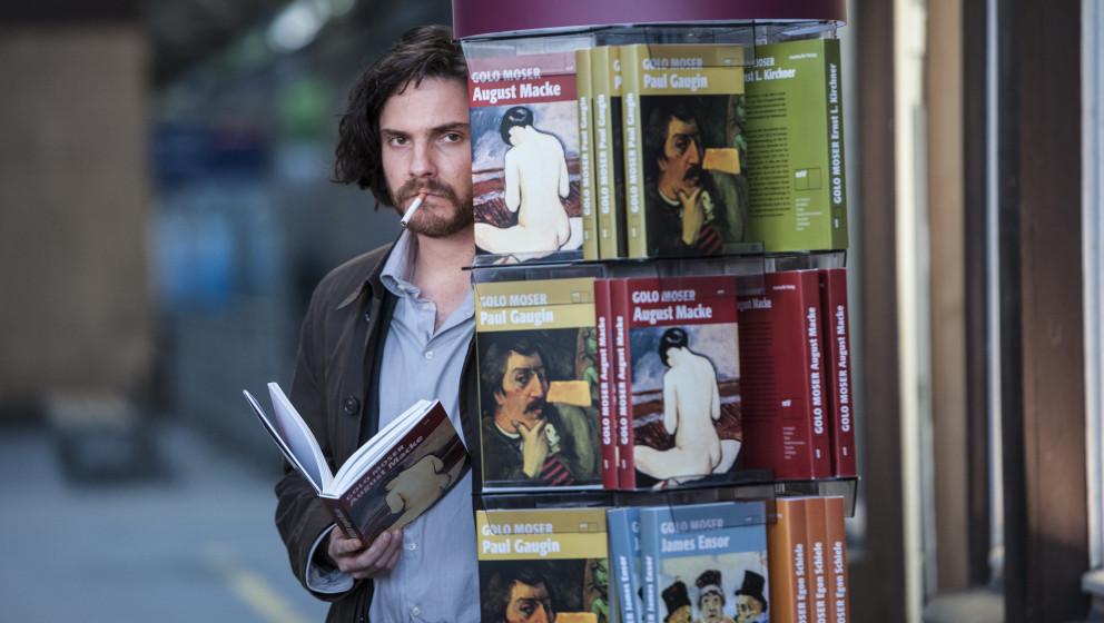 Daniel Brühl als ehrgeiziger Autor Sebastian Zoller in Wolfgang Beckers 'Ich und Kaminski'