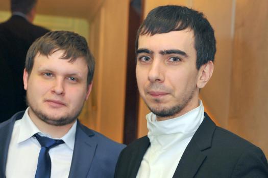 Die russischen Comedians Wladimir Krasnow (r) und Alexej Stoljarow, die Elton John veralbert haben