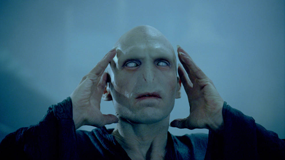 """Lord Voldemort (Ralph Fiennes) im fünften Harry-Potter-Teil """"Harry Potter und der Orden des Phönix""""."""